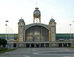 The Industrial Palace where the fair takes place